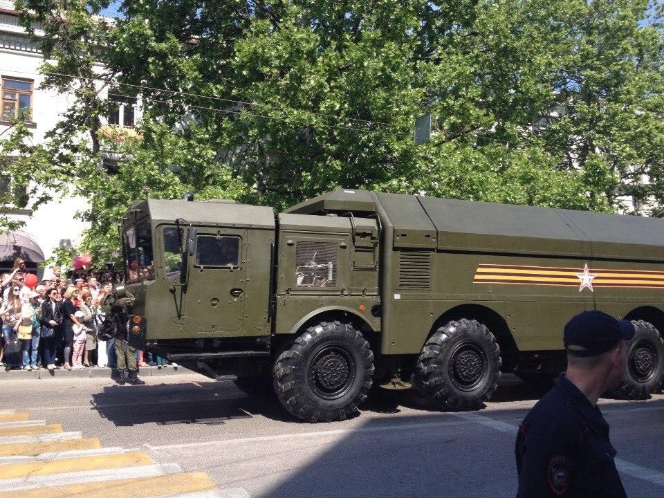 Парад ко Дню Победы и реабилитация в Крыму