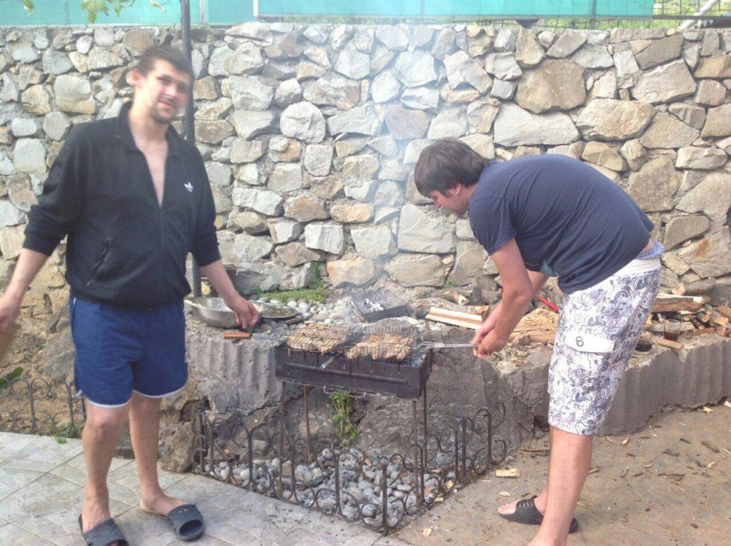 Лечение наркомании в Ялте и Севастополе: празднование Пасхи